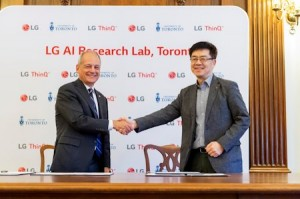 Merik Gertler, rektor Univerziteta u Torontu, i dr I.P. Park, predsednik i tehnološki direktor kompanije LG