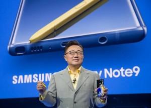 Samsung Galaxy Unpacked 2018_DJ Koh (2)